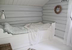 Gulvet malt med hvit gulvmaling